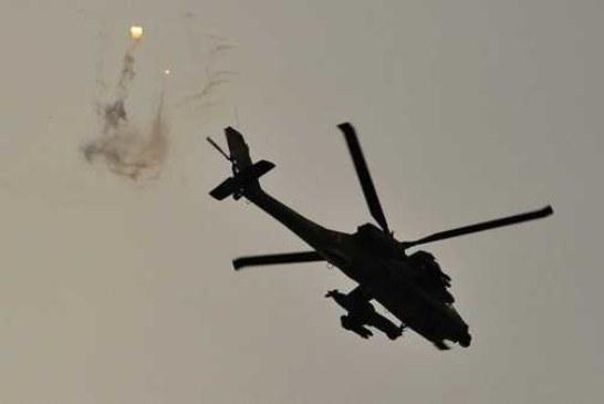 Израиль атаковал восемь целей ХАМАС в секторе Газа