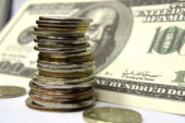 Власти искусственно занижают курс рубля: как это отражается на россиянах
