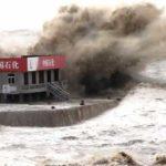 Более 190 тыс. жителей Шанхая эвакуированы из–за тайфуна «Ампил»