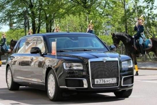 Лимузин Путина попал в тройку лучших автомобилей мира