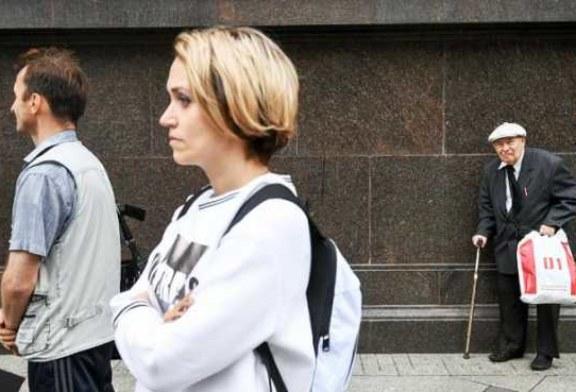Россияне до последнего верили, что Путин остановит грабеж