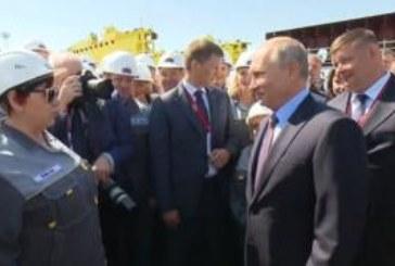 «Около 90?»: насколько Путин ошибся, угадывая зарплату рабочих