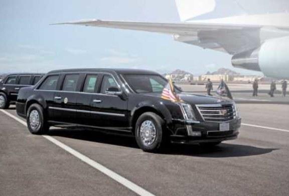 Лимузин Дональда Трампа: дымовые пушки, кислородные баллоны и 5 литров крови
