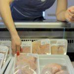 Рост цен на мясо обеспокоил россиян больше стоимости бензина