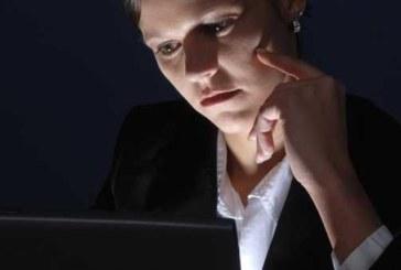 Ученые заявили о смертельной опасности ночной работы для женщин