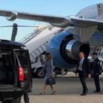 Самолет Меланьи Трамп совершил экстренную посадку