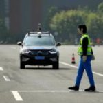 Кем пожертвует беспилотный автомобиль в случае аварии? Моральные муки робота