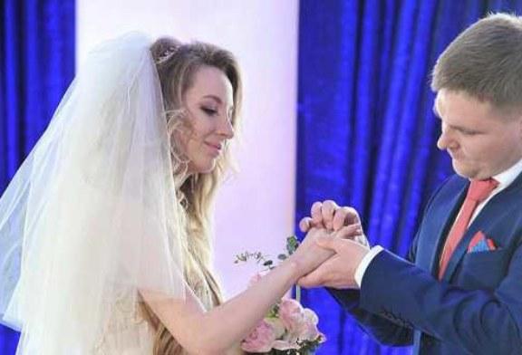 Десятки пар в Москве сыграют свадьбы в канун Нового года