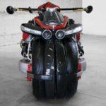 Французы построили мотоцикл вертикального взлета с переворачивающимися колесами