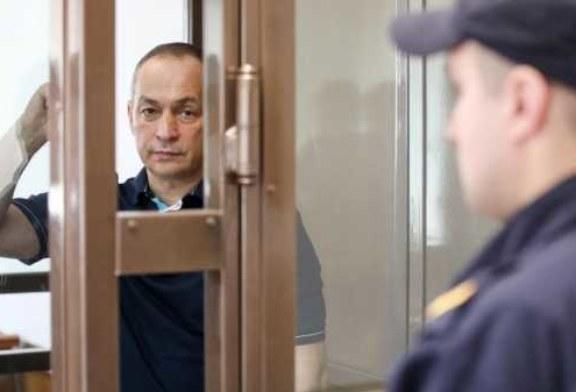 Источник назвал машины в автопарке экс-главы Серпуховского района