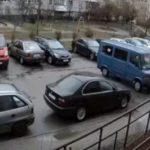В Калининграде зафиксировали восстание машин: фургон тронулся с места и сгорел