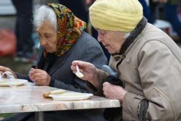 Фастфуд для пенсионеров разрабатывают в России
