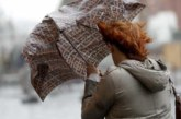 Москвичей предупредили о возможных штормах и ураганах в мае