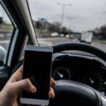 Английских водителей, болтающих по телефону, будут ловить специальные датчики