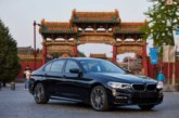 Китаец воровал кур, чтобы заправить свой BMW за 290 тысяч долларов