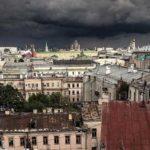 Синоптики пообещали москвичам июльские грозы 4 сентября