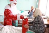 Фонд «Старость в радость» собирает 45 тысяч новогодних подарков для пожилых людей