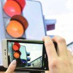 В России продлить зеленый сигнал светофора можно будет через смартфон