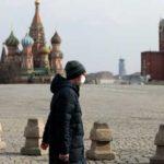 Дожить до июня: Кремль не слушает академиков и сам «лечит» народ, нагнетая панику