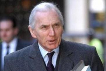 На службе Ее Величества. Как Брайан Хаттон стал одним из важнейших судей Британии