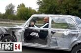 Блогеры из «Гараж-54» сделали прозрачные «Жигули» и прокатились на нем (видео)