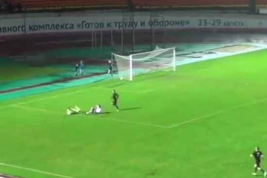 «Позор российского футбола»: комментатор бросил эфир после неназначенного пенальти