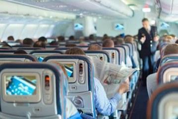 «Обслужи меня на украинском»: журналист устроил скандал на борту самолета