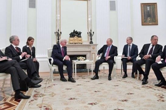 Путин рассказал, что побеседовал со Штайнмайером об энергетике