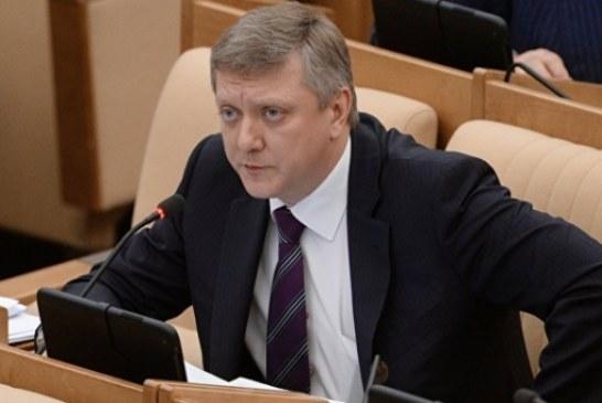 Вяткин рассказал об обсуждении введения дактилоскопии для иностранцев