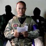 Мятежный полицейский из Венесуэлы обвинил власти в поджоге его дома