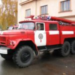 Пожарным мешали проехать: в Солнцеве в огне погибли двое детей