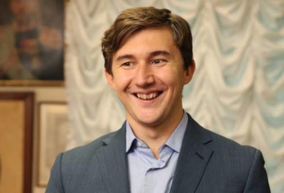Шахматы: Сергей Карякин вышел в лидеры турнира претендентов в Берлине