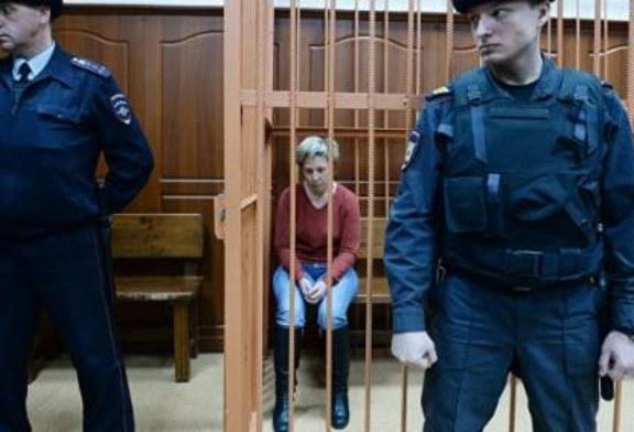 Суд оставил под стражей управляющую ТЦ «Зимняя вишня» Надежду Судденок