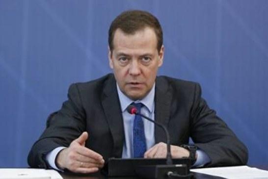 Эксперты оценили шансы Медведева стать премьером