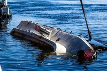 Затонувший в Волгограде катамаран не имел прав на перевозку пассажиров