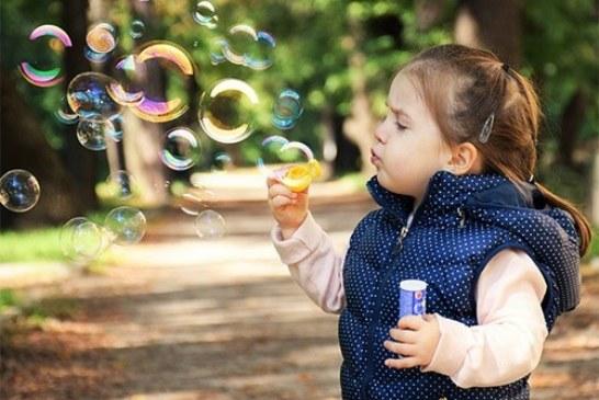 Педиатры говорят, что детям лучше не контактировать с этими веществами