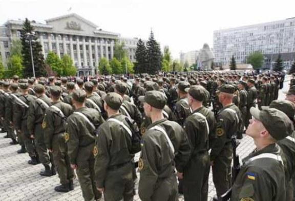 Фронт в Донбассе начал трещать по швам