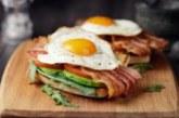 Сколько все-таки яиц можно есть? Не больше двух-трех в неделю, советуют ученые