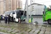 После ДТП с туристическим автобусом в Москве госпитализированы 19 человек