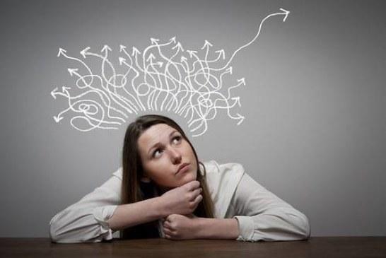 Труднее не столько что-то вспомнить, сколько вовремя отфильтровать неуместные воспоминания