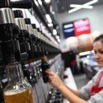 Нарколог предупредил об опасности учащения запоев из-за запрета пива